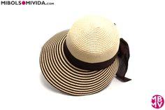 Sombrero Marrón y Beige, de MBMV. Ideal para ir a la playa y proteger tu rostro del sol.
