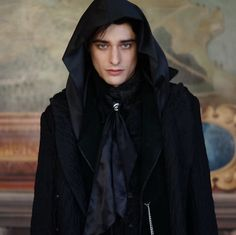 Young Voldemort in House of Gaunt! Harry Potter Actors, Harry Potter Anime, Young Tom Riddle, Hogwarts, Maxence Danet Fauvel, Handsome Male Models, Lord Voldemort, Ben Barnes, Dark Lord