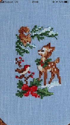 Cross Stitch Christmas Cards, Xmas Cross Stitch, Cross Stitch Cards, Christmas Cross, Cross Stitching, Cross Stitch Embroidery, Cross Stitch Geometric, Tiny Cross Stitch, Cross Stitch Animals
