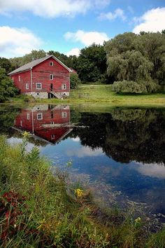 a rustic barn and a nice little pond, looks like home to me ;)