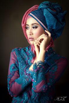Hijab Kebaya Blue