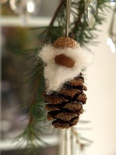 DIY ornaments christmas elf pinecones by jana Pine Cone Christmas Decorations, Christmas Pine Cones, Pinecone Ornaments, Christmas Gnome, Handmade Ornaments, Diy Christmas Ornaments, Homemade Christmas, Holiday Crafts, Gnome Ornaments