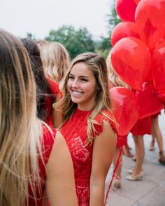Red Dress outfit inspiration. sorority recruitment. photo by @katherine_mendieta Omega Red, Chi Omega, Sorority Recruitment Outfits, Besties, Bff, Red Dress Outfit, Photo Shoots, Balloons, Shots