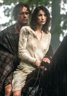 @lilyslibrary Vive les Frasers Jamie and Claire Outlander