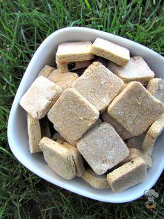 (grain, gluten, wheat and dairy-free, vegan, vegetarian) easy peasy banana dog treat/biscuit recipe