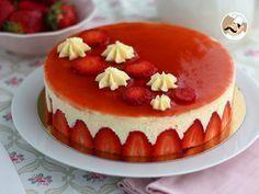 [ FRAISIER ] Une recette qui saura sublimer vos fraises et qui fera surtout fureur auprès de vos invités pour le dessert !