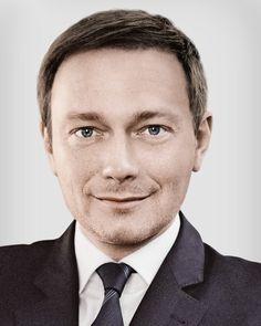 Innovationstag 2016 CHRISTIAN LINDNER, Bundesvorsitzender der FDP im Gespräch mit Horst von Buttlar, Chefredakteur Capital  PERSONAL BRANDING IN DER POLITIK – DER WEG ZUR MARKE #itag2016