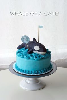 Orca cake... I love it -- and think I could actually do it :)