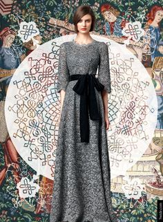Look of the Day Dolce&Gabbana Fall Winter Womenswear Collection: Lace Gown with Velvet Belt Trendy Dresses, Modest Dresses, Fall Dresses, Evening Dresses, Casual Dresses, Party Fashion, Fashion Photo, Black White Wedding Dress, Modest Fashion