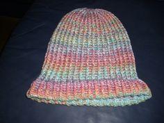 Mütze auf Strickring entstanden Beanie, Hats, Fashion, Diy Home Crafts, Diy, Moda, Hat, Fashion Styles, Beanies