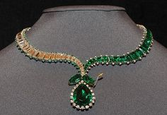 nice lovely emeralds necklaces earrings 6
