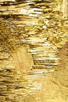 Exclusive Color and Textures: From Rich Gold to Audacious Cooper Conceived to be your Favorite to Use in Your Luxury Designs Bild Gold, Gold Everything, Gold Aesthetic, Louise Bourgeois, Shades Of Gold, Gold Texture, Mellow Yellow, Textures Patterns, Artwork