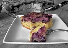 Blueberry Upside Down Cake ~ yields 16 squares ~ prep time 15 min. ~ cooking time 45 min.