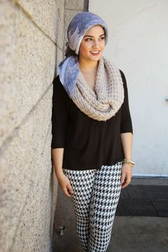 AboutThatWrap: Beige Infinity Scarf & Houndstooth Pants with Michael Kors Pointy Toe Flats