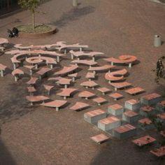 Miejsce spotkań ze sceną dla Nieuw Waterlandplein w północnym Amsterdamie zostało stworzone przez pracownię Tjep.Miało to być integrujące miejsce spotkań dla lokalnych mieszkańców. Czy się udało? http://sztuka-krajobrazu.pl/684/slajdy/przestrzen-publiczna-ndash-elastycznie-i-lokalnie
