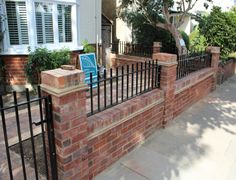 front wall / railings Wall Railing, Railings, Patio Fence, Driveway Design, Bungalow Exterior, House Front, Entrance, Walls, Garden