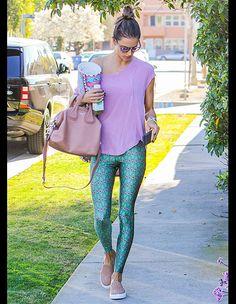 アレッサンドラ・アンブロジオ(Alessandra Ambrosio) in Spors wear