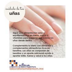Además de los cuidados que des a tus uñas seca bien tus manos para evitar la generación de hongos también en las manos!