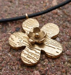 Bronze Double Flower Necklace by RobbinBowler #BeDelighted