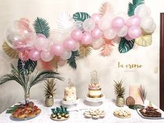 Tropical themed party (IG: @lacremepasteleria)