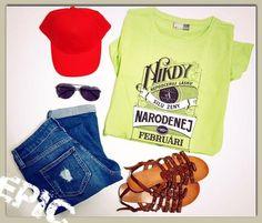 Nikdy nepodceňuj lásku a silu ženy - dámske tričko - slovenský nápis - darček Textiles, T Shirt, Tops, Women, Fashion, Supreme T Shirt, Moda, Tee Shirt, Fashion Styles