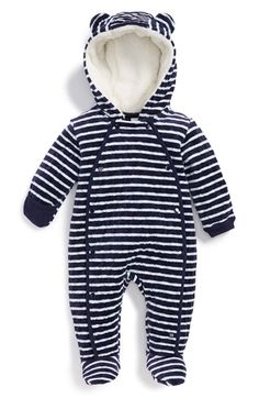 adorable little navy striped baby bunting - all the more reason to go to the snow! http://rstyle.me/n/t93vhr9te