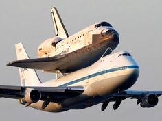 Space shuttle Discovery signs off on chapter of Nasa history in ferried flight | Science | guardian.co.uk