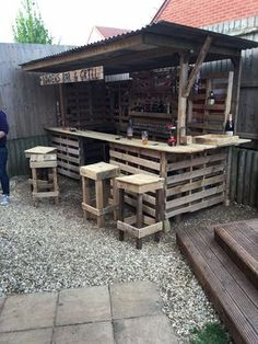 How to turn a pile of old pallets into a cool outdoor bar fit for any garden.