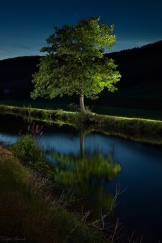 enlightenment at the channel - lightpainting on 500px by Ralph Oechsle☀   600✱900px-rating:91.7◉  Photo location: Google Maps