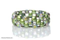 PRECIOSA Candy Rose - Helena Chmelikova 26   相片擁有者 PRECIOSA ORNELA Bead Crafts, Seed Beads, Cuff Bracelets, Fashion Accessories, Candy, Beading, Rose, Jewelry, Patterns