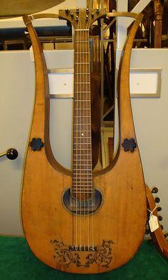 1807 Italian (Naples) Lyre guitar at the Metropolitan Museum of Art, New York