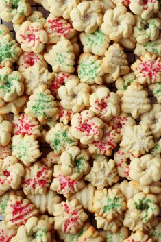 Danish Butter Cookies A super easy recipe for Holiday Danish Butter Cookies just like the ones sold in tins at stores! Celebrate the holidays with only a handful of ingredients!Be Easy Be Easy may refer to: Christmas Sweets, Christmas Cooking, Noel Christmas, Christmas Goodies, Xmas Food, Christmas 2017, Christmas Candy, Christmas Shopping, Danish Butter Cookies