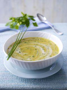 Unser beliebtes Rezept für Kräuterschaumsuppe mit Kartoffeln und mehr als 55.000 weitere kostenlose Rezepte auf LECKER.de.