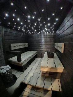 Saunan rakentaminen persoonallisesti - Tällainen on Mikon komea sauna Home Spa Room, Spa Rooms, Home Decor Bedroom, Spa Interior, Interior Exterior, Interior Design, Interior Garden, Sauna Steam Room, Sauna Room