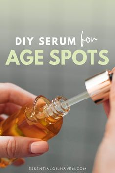 Top 5 essential oils for age spots: Frankincense, Sandalwood, Lavender, Rosemary, Lemon. Combine them with a potent carrier oil in this DIY serum recipe. Sandalwood Essential Oil, Frankincense Essential Oil, Lemon Essential Oils, Essential Oil Uses, Age Spots Essential Oils, Essential Oil Carrier Oils, Age Spot Treatment, Acne Treatment, Dark Spot Remover For Face