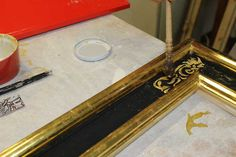"""Gold leaf Gilding - """"prezzemolo"""" technique http://www.virgiliocontadini.com/news/corso-di-doratura-a-foglia-e-decorazione-del-mobile_1108.html"""