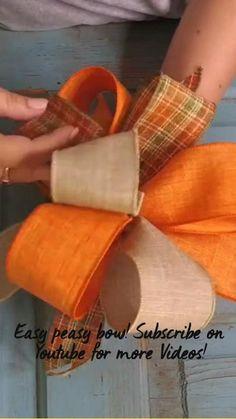 Diy Bow, Diy Ribbon, Ribbon Crafts, Wreath Crafts, Ribbon Bows, Ribbon Bow Tutorial, Wreath Bows, Burlap Bows, Wreath Tutorial