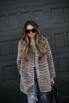 The Best Faux Fur Coat | The Teacher Diva: a Dallas Fashion Blog featuring Beauty & Lifestyle