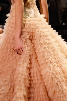 43b582cd1dd9 Christian Dior Spring 2017 Couture Accessories Photos - Vogue Couture  Accessories