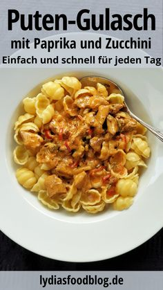Goulash, My Favorite Food, Favorite Recipes, Fresh Eats, Cooking Recipes, Healthy Recipes, Asparagus Recipe, Pasta, Food Inspiration