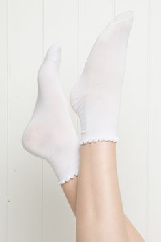 Brandy ♥ Melville | White Ruffle Socks - Accessories