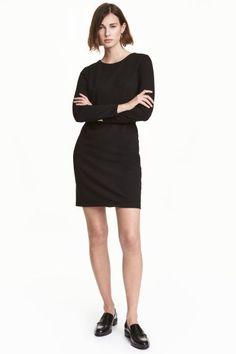 Dżersejowa sukienka - Czarny - ONA   H&M PL 1