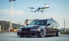 BMW E46 3 series Touring deep dish slammed