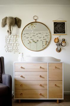 Wooden and brass nursery: http://www.stylemepretty.com/living/2016/12/16/the-most-magical-nurseries-of-2016/ Photography: Aubrey Greene - http://aubreygreene.com/