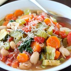Who knew healthy could taste so good? This Healthy Tuscan Vegetable Soup is gluten-free, vegetarian, clean-eating & low carb. The best part? It's SO yummy!