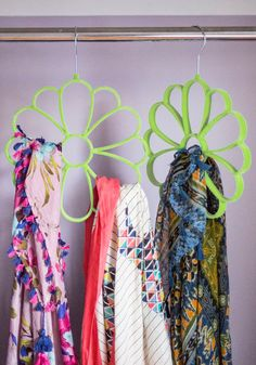Sale - Cultivate Organization Scarf Hanger in Green