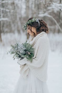 Winter wedding dress - 40 Beautiful And Comfy Winter Bridal Sweater Looks – Winter wedding dress Cold Wedding, Casual Wedding, Boho Wedding Dress, Wedding Bride, Wedding Gowns, Dream Wedding, Winter Wedding Shoes, Winter Weddings, Trendy Wedding