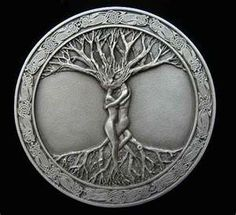 celtic tree of life, I do love this... :)