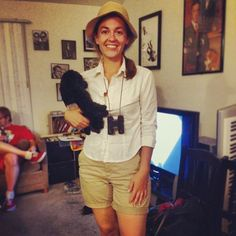 Jane Goodall Halloween costume | lifeabsorbed.com (http://lifeabsorbed.com/2014/10/30/halloween-costume-2014/)