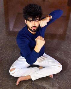 Teri lod nahi super soon ! Punjabi Profile Pic, Punjabi Boys, Jubin Shah, Best Whatsapp Dp, Boys Dpz, Funny Couples, Music Icon, Film Industry, Singer